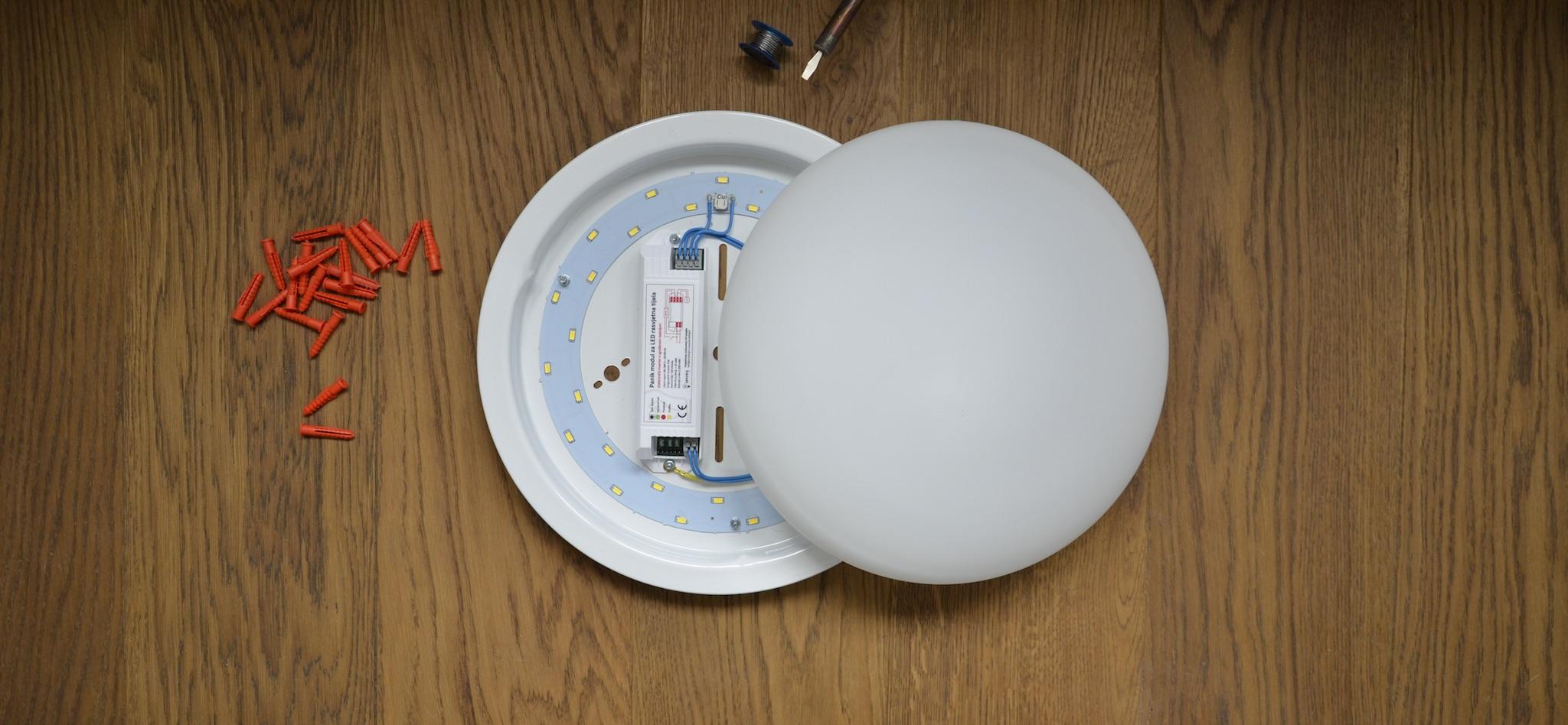 LED plafonjera sa senzorom pokreta i panik rasvjetom